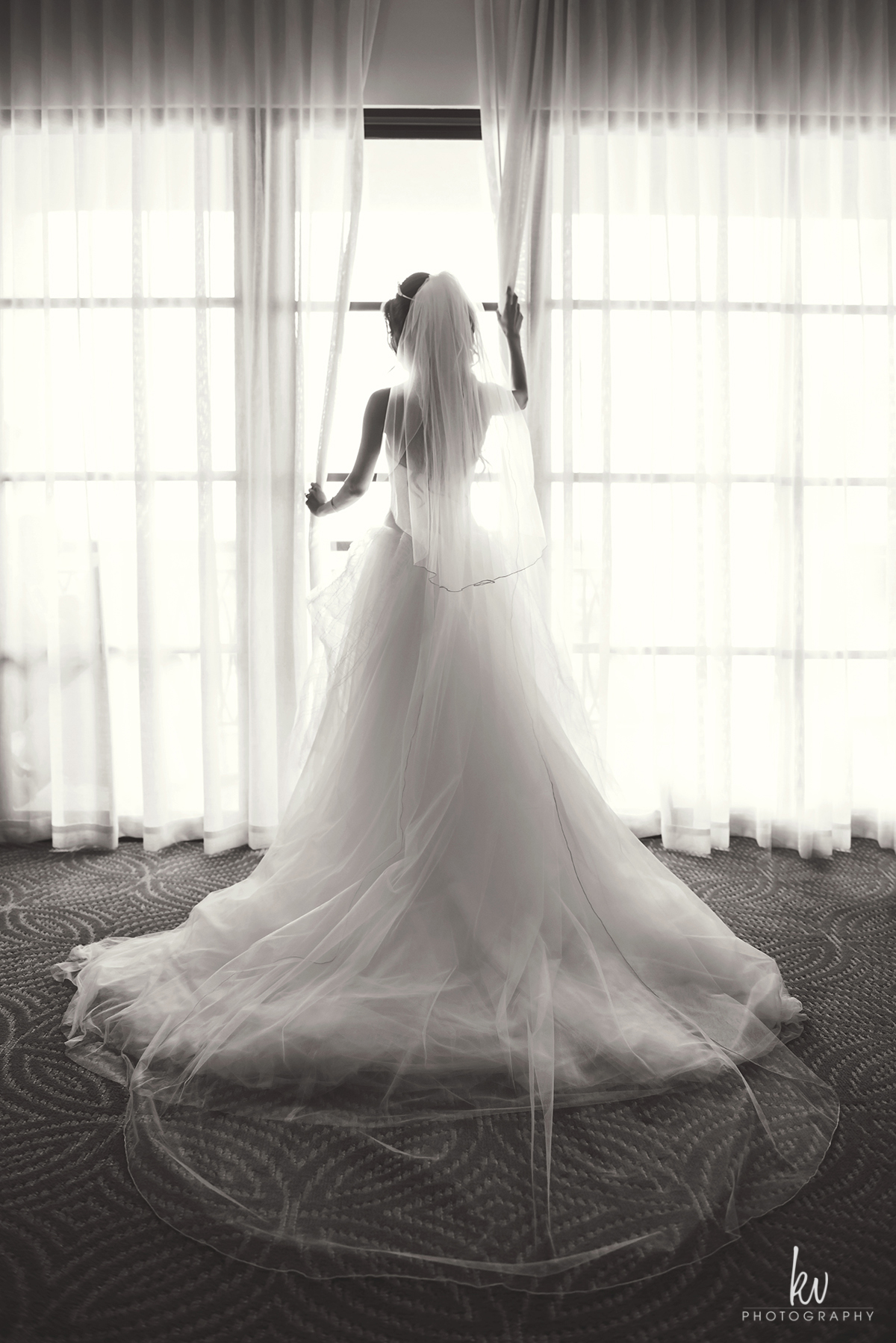 Bride getting ready at the Four Seasons Orlando
